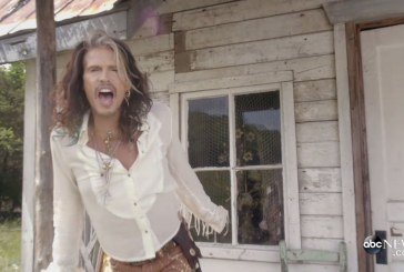 "Mirá el nuevo video de Steven Tyler ""Love is your Name"""